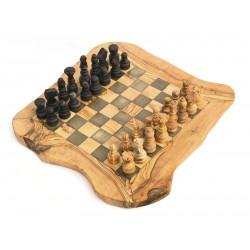 Schachbrett mit Figuren, gross